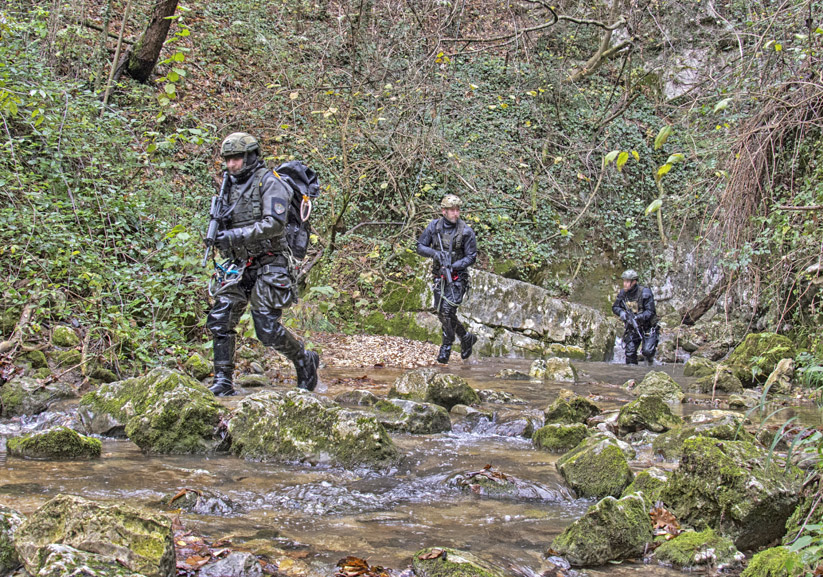 DiveSystem for Militaries and Special Forces: Italian Rangers in action